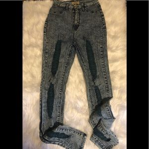 Ladies High Waisted skinny stretch jeans.